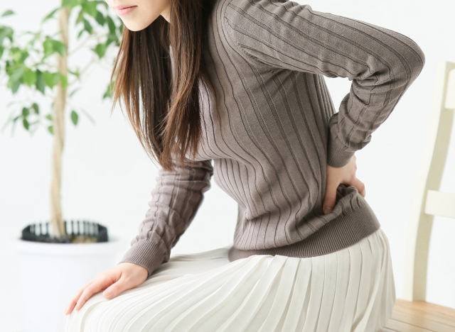 長時間同じ姿勢による腰痛